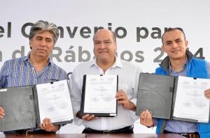 Firma de convenio rabanos (2)